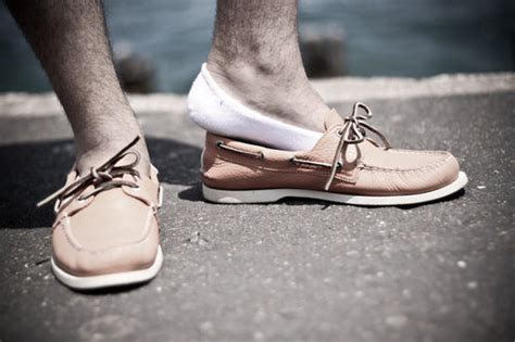 boat shoes jeans no socks notesmen for the quintessential man