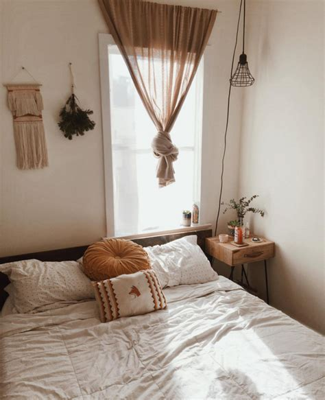photos of husband and wife in bedroom urban outfitters tumblr