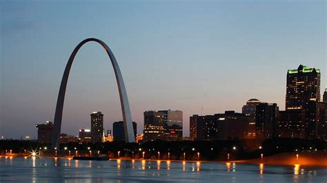 gateway arch gateway arch biography reveals complex history of an