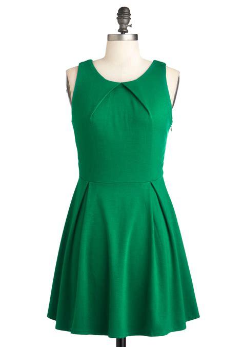 green dress so profesh and so green dress mod retro vintage dresses