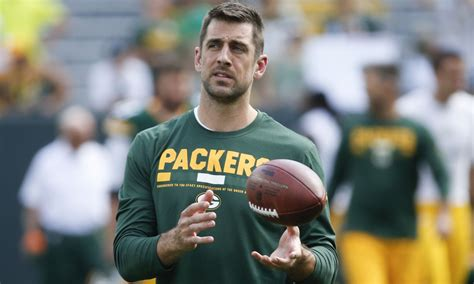 images of aaron rodgers aaron rodgers perfectly illustrates anthem criticism