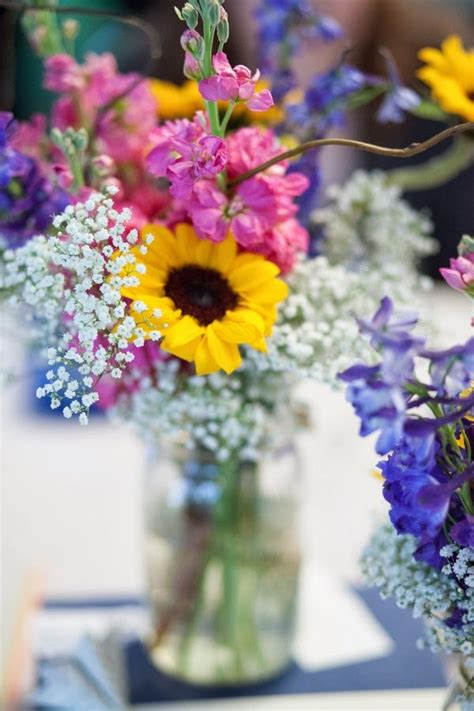 Flowers Without Vase by 1000 Ideas About Sunflower Table Centerpieces On Table Centerpieces Sunflower