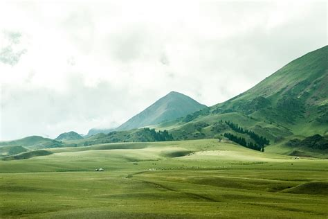 imagenes montañas verdes foto gratis paisagem montanhas morros vales imagem