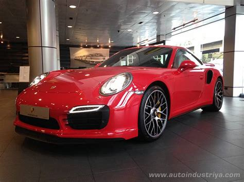porsche philippines 2014 porsche 911 turbo s debuts in the philippines auto