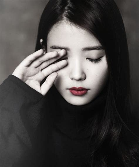 biography of iu korean singer lee ji eun better known by her stage name iu is a south