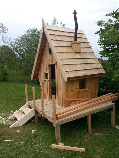 Fabriquer Une Cabane En Bois Pour Enfant by Les 25 Meilleures Id 233 Es De La Cat 233 Gorie Cabanes En Bois