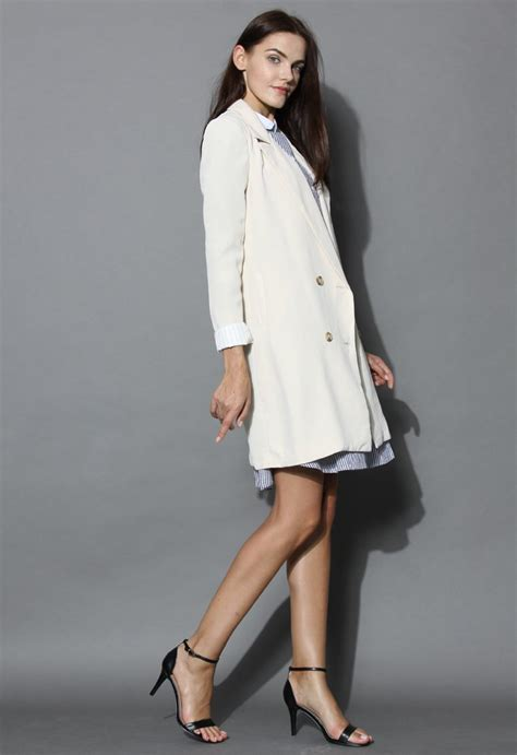 Fulla Sweater Navy breasted longling blazer in beige retro and unique fashion