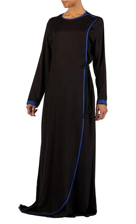 Jilbab Rayon black rayon crisscross abaya