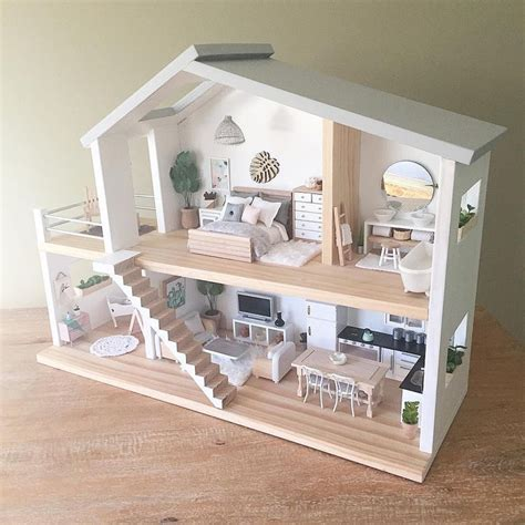 doll house with furniture best 25 dollhouse furniture ideas on pinterest diy dollhouse diy doll house and
