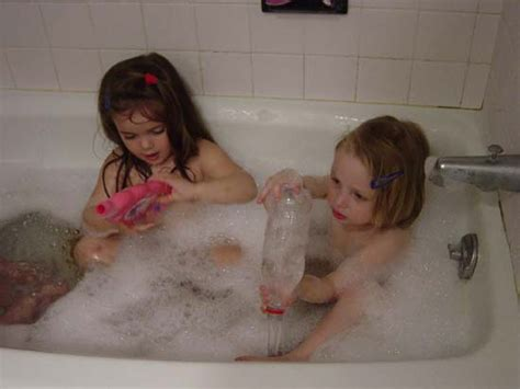 girl bathtub sb 04 23 tub girls