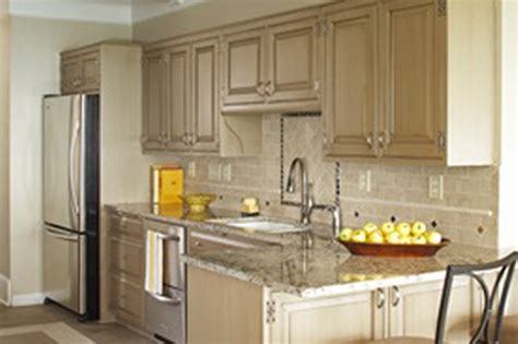 can you chalk paint kitchen cabinets can you paint kitchen cabinets with chalk paint home