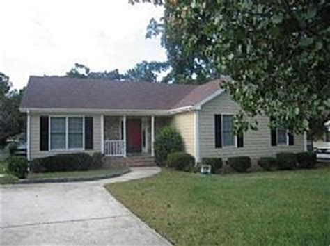2 bedroom houses for rent in raleigh nc charming 3 bedroom ranch home with sun room