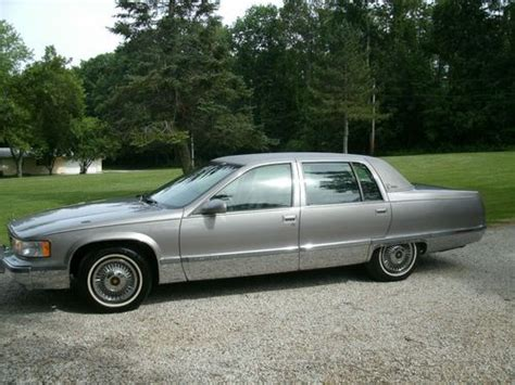 find used 1996 cadillac fleetwood brougham sedan 4 door 5 7l 1 owner excellent condition in find used 1996 cadillac fleetwood brougham sedan 4 door 5 7l 85k no reserve in princeton