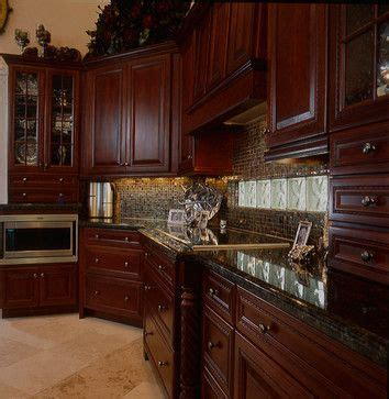 Cherry Wood Kitchen Cabinets With Black Granite 25 Best Ideas About Cherry Wood Kitchens On Cherry Wood Cabinets Cherry Kitchen
