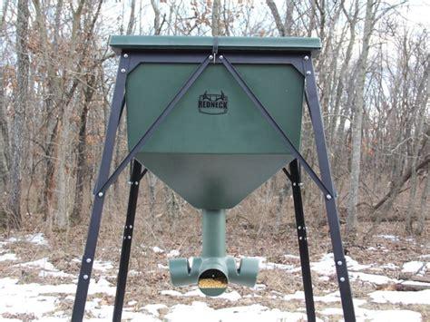 750 lb gravity feeder