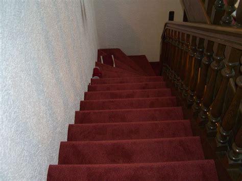 treppe mit teppich teppich treppe verlegen das beste aus wohndesign und