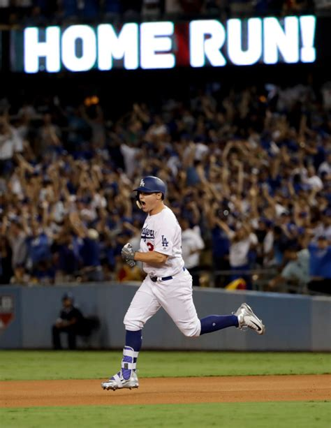 dodgers joc pederson breaks out of drought with