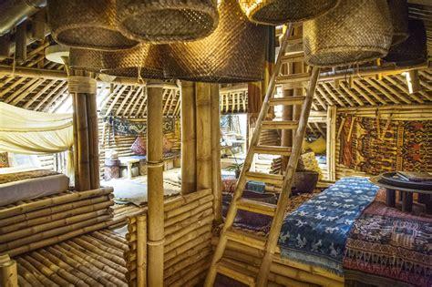 design interior cafe dari bambu bamboo building green by john