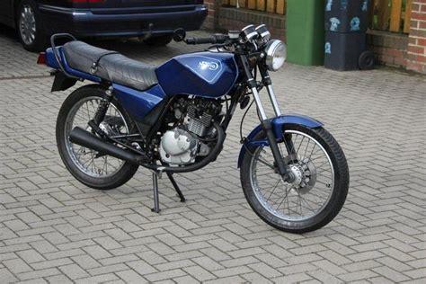 Motorrad 80ccm Führerschein by Suzuki 187 Gs 125 Caferacer Forum De