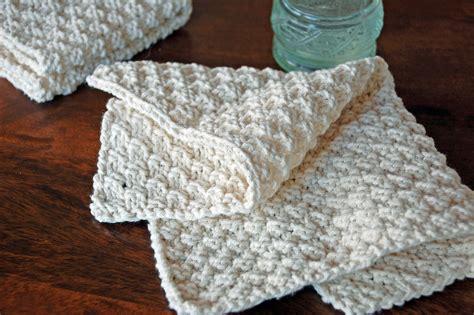 knitted washcloth patterns knit washcloths nourish and nestle