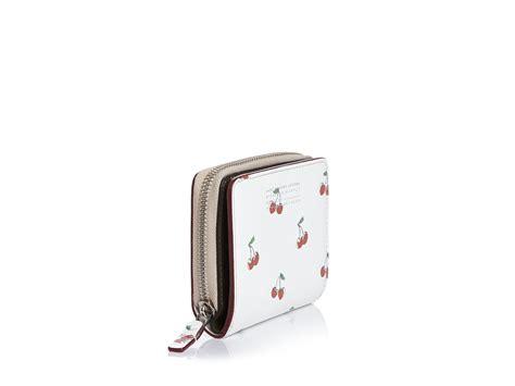 Print Zip Wallet lyst marc by marc cherry print lil zip around