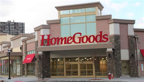 home stores home goods hours what time does home goods close open