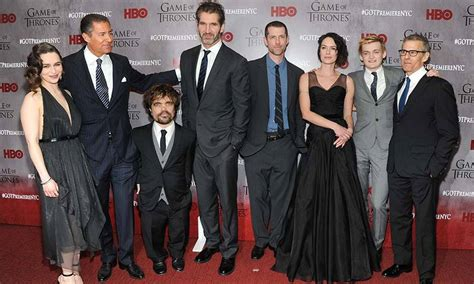 cast of game of thrones paid primary game of thrones cast members get giant pay raise