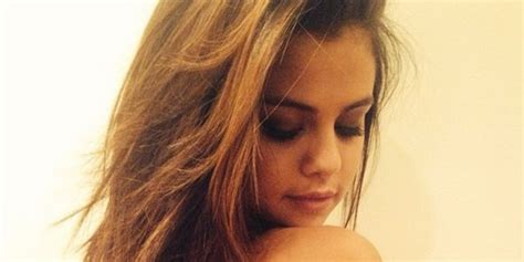 selena gomez tattoo selena gomez has a new that reminds to herself