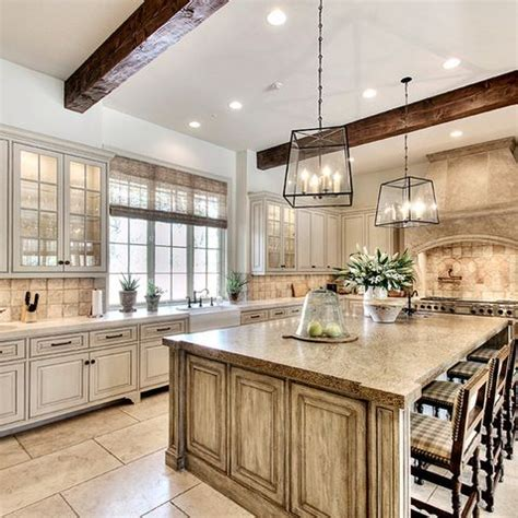 pictures of off white kitchen cabinets 17 best ideas about off white kitchens on pinterest off