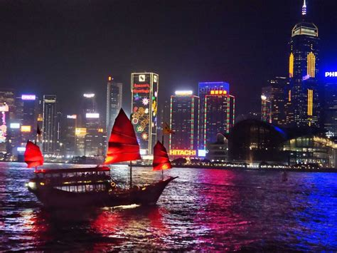 junk boat hong kong the 24 real best things to do in hong kong business insider