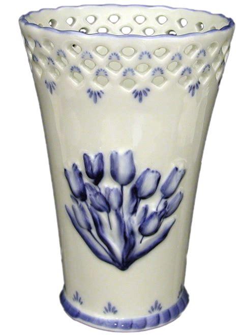 Delft Blue Tulip Vase by Delft 6 Quot Blue Tulip Vase Mid Priced Delftware Items