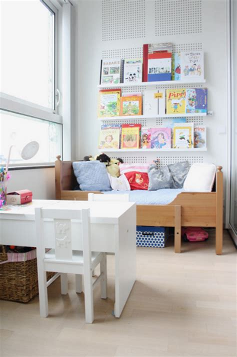 Ikea Photo Ledges by 20 Wonderful Kids Book Display Ideas Home Design And