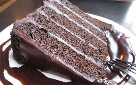 best chocolate frosting for cake chocolate cake with chocolate frosting 60 impressive