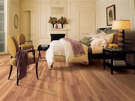laminate flooring in bedrooms 31 best images about laminate on pinterest dark brown