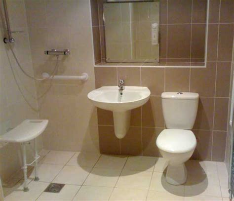 disabled shower room disabled room accessiblebathroomdesigns gt gt visit us at http www disabledbathrooms org