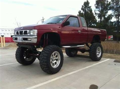 nissan pickup 4x4 lifted nissan hardbody nissan and 4x4 on pinterest