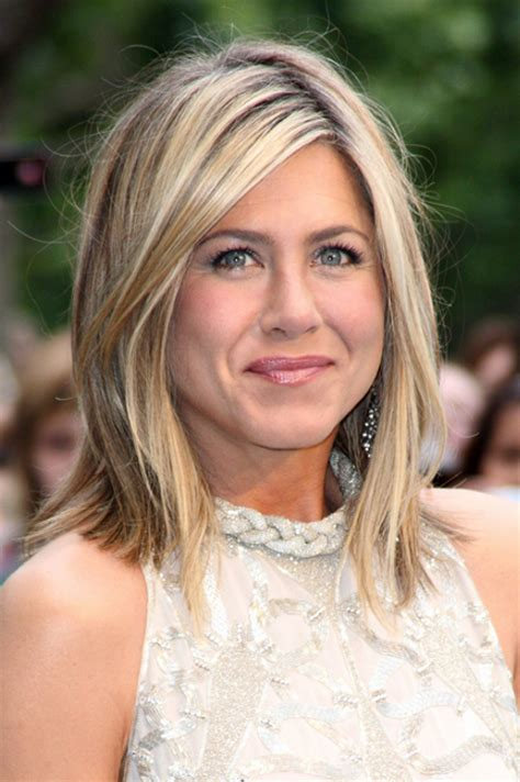 what kind of hair to use for chunky box braids pictures chunky blonde highlights jennifer aniston