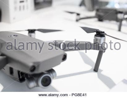 close   dji mavic pro camera gimbal  front sensors