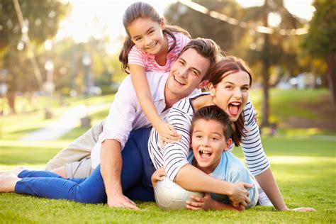 imagenes de la familia wyatt lindas im 225 genes de familias felices para compartir