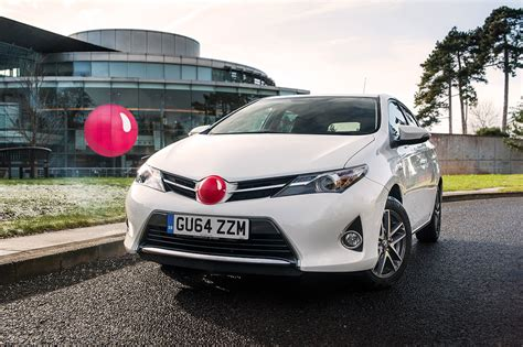 toyota aiming to raise 163 1m for comic relief availablecar com