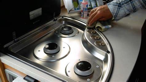 Hochglanz Küche Fett Reinigen by Putzen K 252 Che Hochglanz