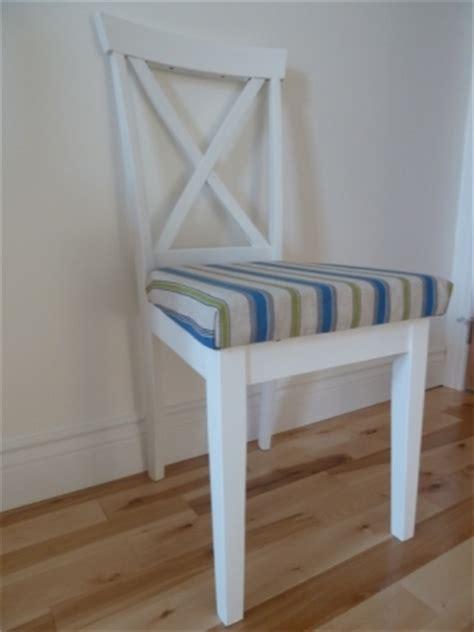 restaurer une vieille chaise trouv 233 e dans la rue d 233 conome
