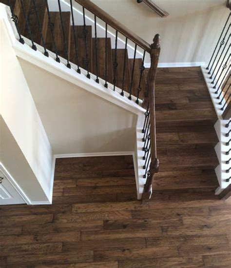 Hardwood Flooring On Stairs 25 Best Ideas About Hardwood Stairs On Hardwood Floor Refinishing Cost Staircase