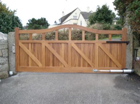 large gate solar for security no page