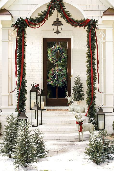 christmas front door decor 50 fabulous outdoor christmas decorations for a winter