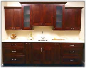 pictures of kitchen cabinets with hardware modern kitchen cabinet hardware home design ideas