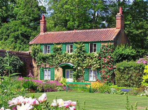 Garden Cottages by Hoveton Gardens Norfolk Broads