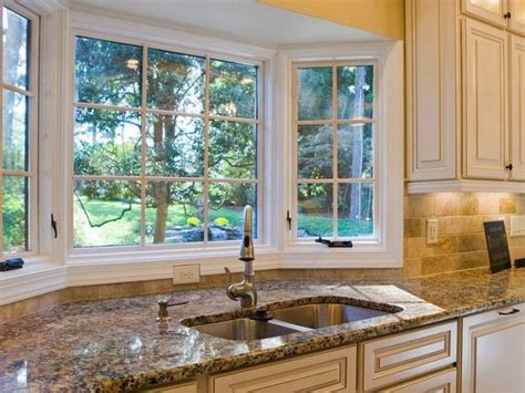 bay window kitchen ideas 25 best ideas about kitchen bay windows on