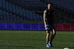 sonny bill williams bench press roosters back sonny bill to shine abc news australian broadcasting corporation