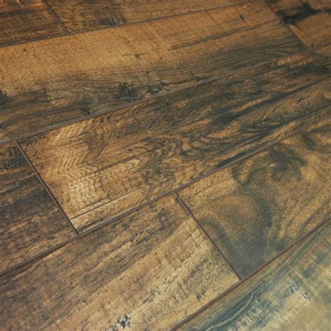 Wood effect tiles for your home